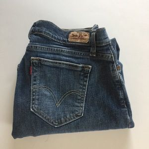 Levi Curvy Boot Cut Mid Rise Jeans